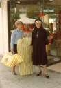 """""""Shopping"""" with Phyllis Diller on Rodeo Drive for a """"Good Morning America"""" segment in 1982."""